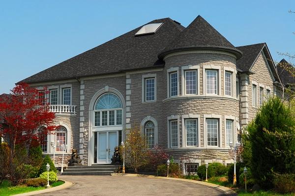 Comment bien choisir votre assurance maison de luxe ou de for Assurance habitation maison centenaire
