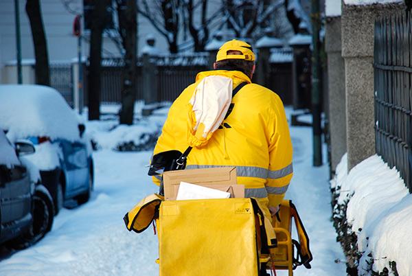 Une histoire d'escalier enneigé qui explique l'importance de détenir un contrat d'assurance habitation à Laval.
