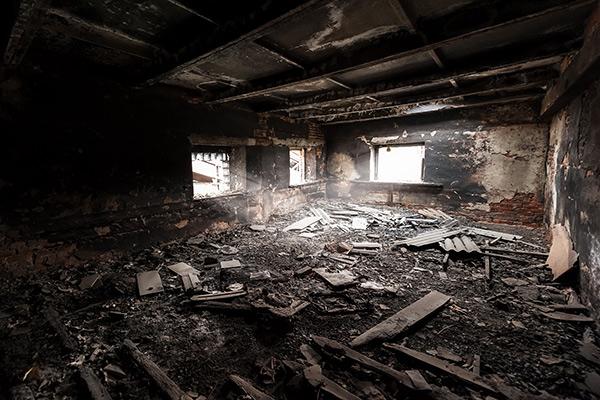 Une maison entière perdue aux flammes, les propriétaires possédaient-ils une bonne assurance habitation en Beauce?