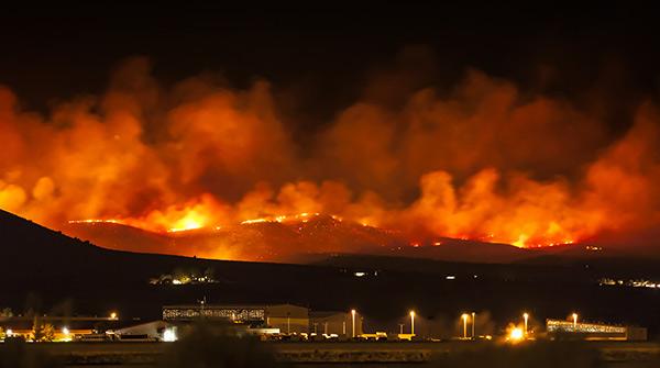 Des régions à risque visées par les feux de forêt, procurez-vous une assurance habitation sur la Côte-Nord pour vous protéger.